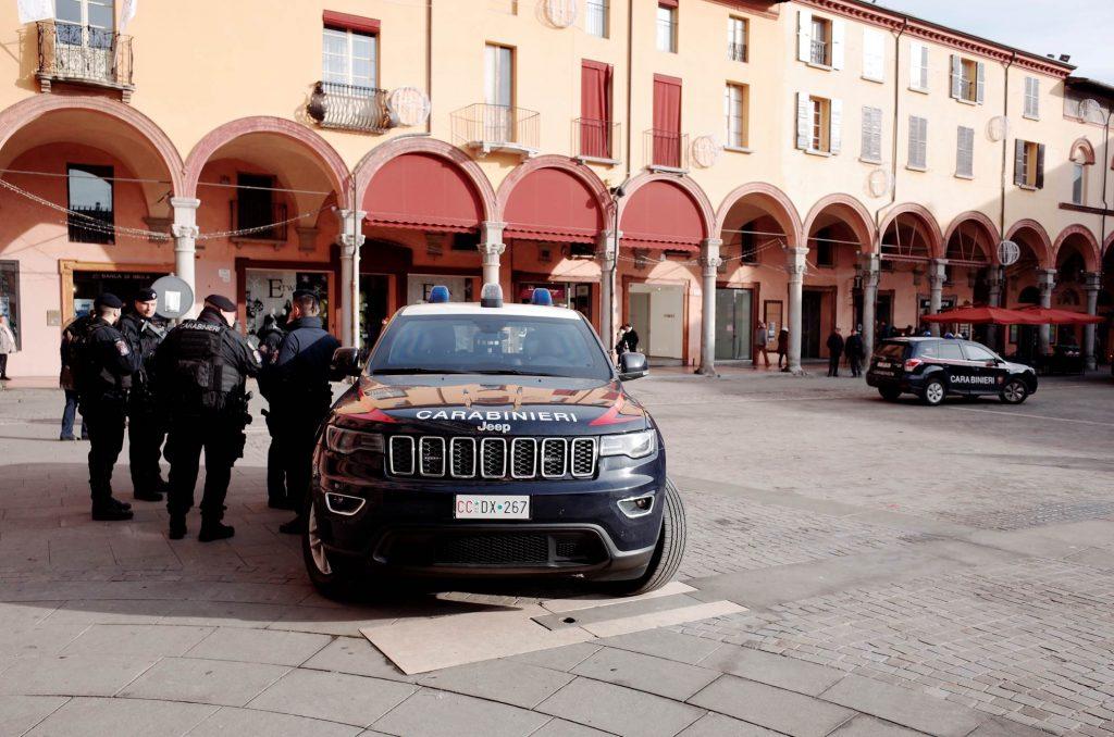Imola, due arresti per rapina nella Vigilia di Natale