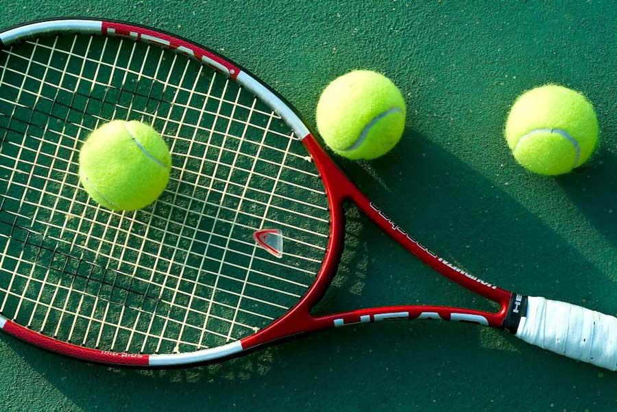 Appassionato di tennis ruba una preziosa racchetta, arrestato dai carabinieri
