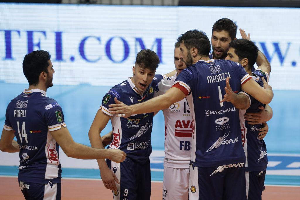 Nella classica del volley, Ravenna prova a insidiare anche Modena