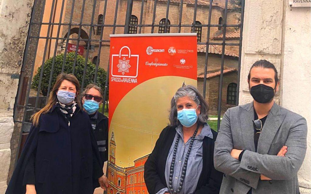 Negozi del centro di Ravenna aperti anche il 25 aprile e il 1° maggio
